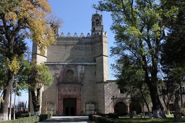Piden a INAH revisar frescos en ex convento de Huejotzingo