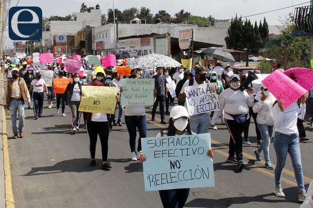 Marchas y plantones no sirven contra conteo de votos: Barbosa