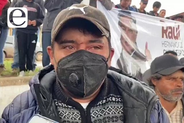 Le pagan 500 pesos para dar huevazos a candidato en Zacatlán