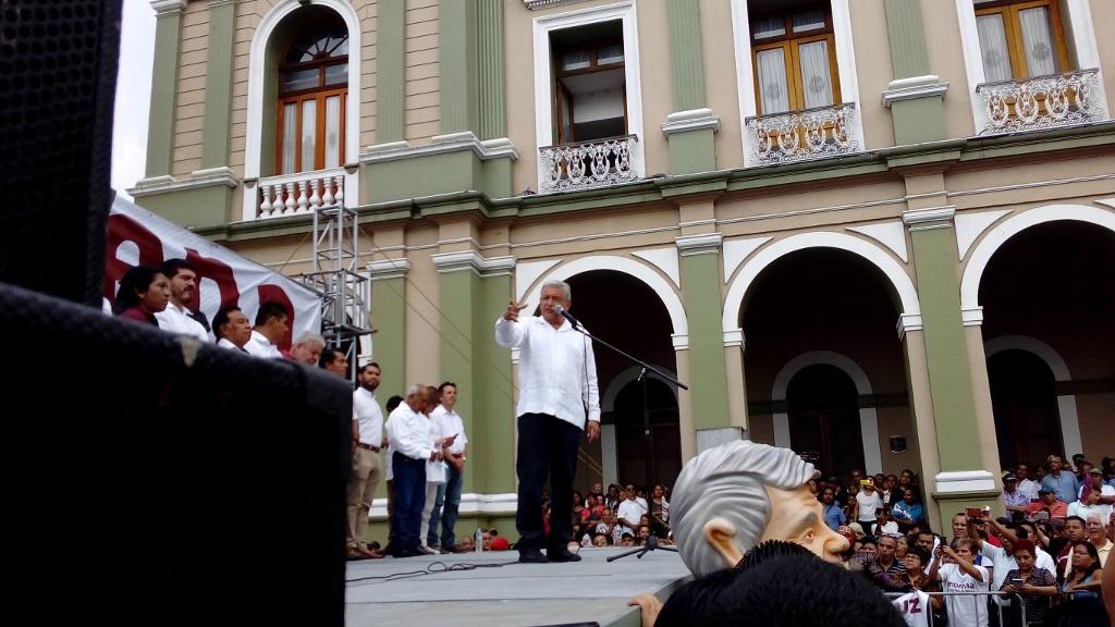 Puertas de MORENA abiertas a magisterio del SNTE — Obrador confirma