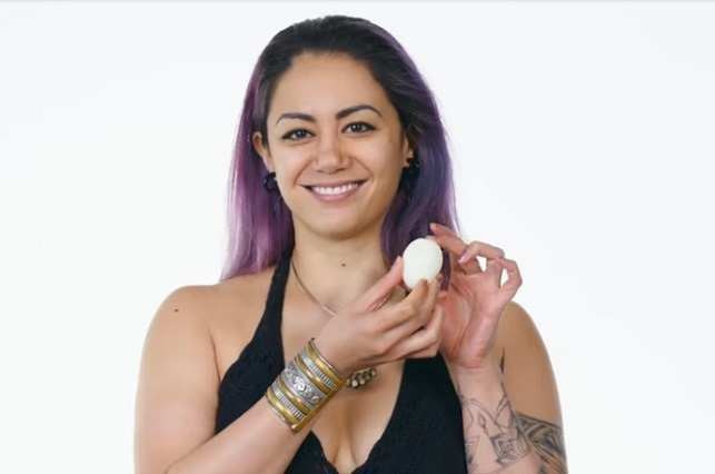 3 formas de pelar 1 huevo duro, cocido o hervido ¿bien y rápido?