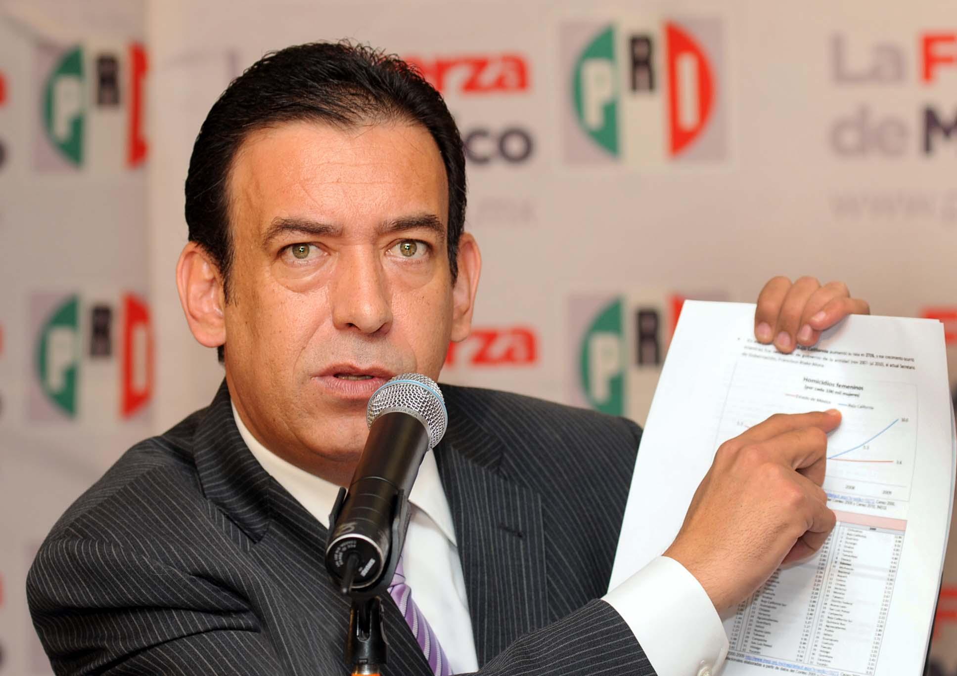 Tribunal Electoral revoca la expulsión del PRI de Humberto Moreira