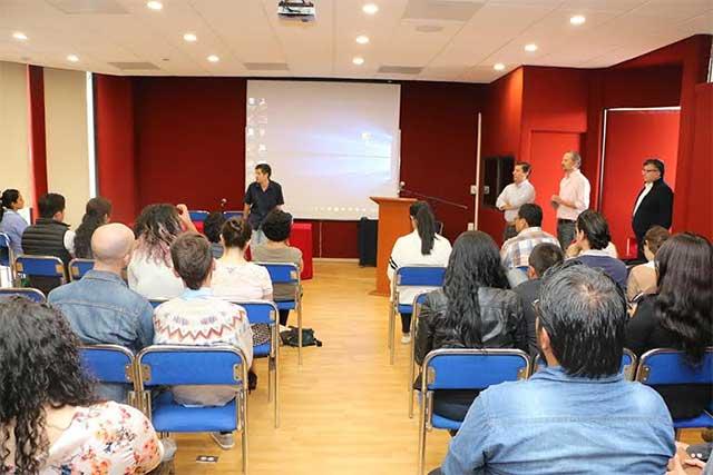 IBERO Puebla capacita a 51 jóvenes emprendedores del país