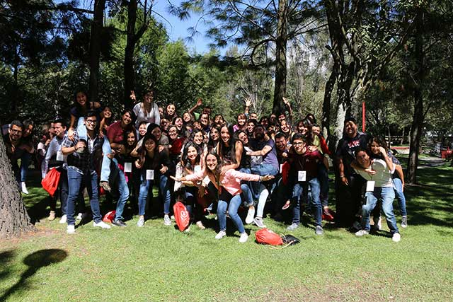 Destacan compromiso y espíritu de servicio en educación Ibero