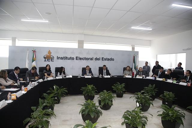Denuncian ante el IEE mal uso de recursos en Puebla capital