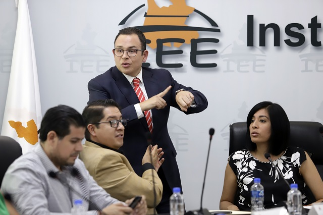 Valida IEE multas por 8.23 mdp a partidos políticos