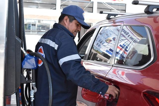 Cae 70% venta de gasolina en Puebla pese a bajos precios