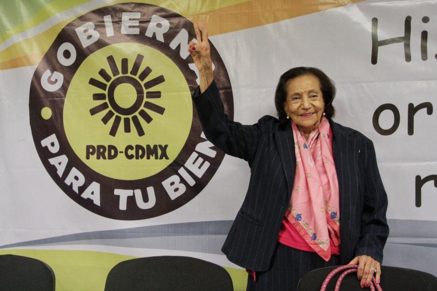 Tras 29 años de militancia, Ifigenia Martínez renuncia al PRD