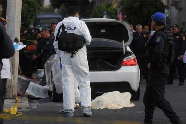 Matan en la 20 de Noviembre a 3 personas que viajaban en autos de lujo