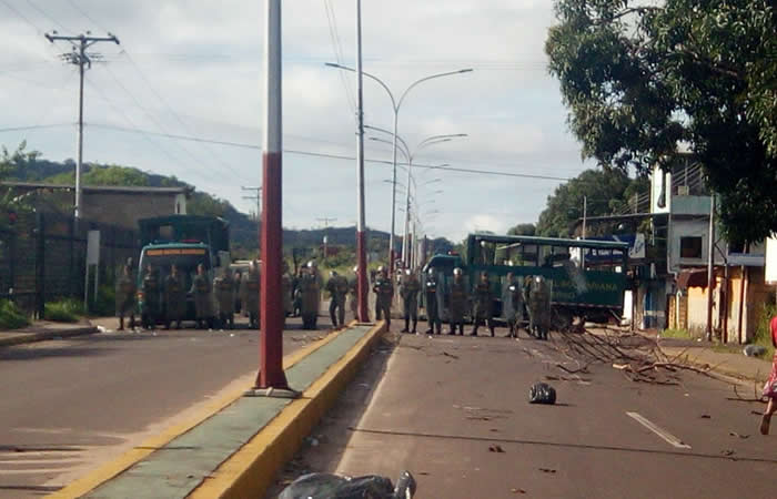 Operativo en cárcel de Venezuela deja un saldo de 36 reos muertos