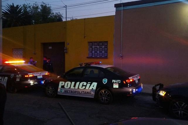 Sujeto asalta a familia en la México-Puebla y durante la fuga tira su celular