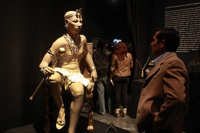 Visitan exposición de Tutankamón 8 mil personas por semana
