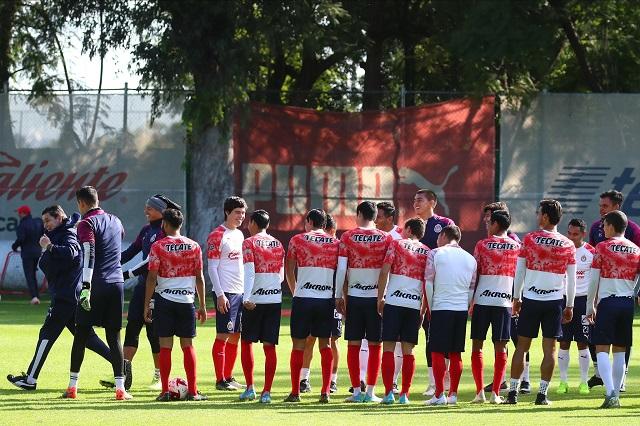 Chivas con paso perfecto en Liga y va por la Copa