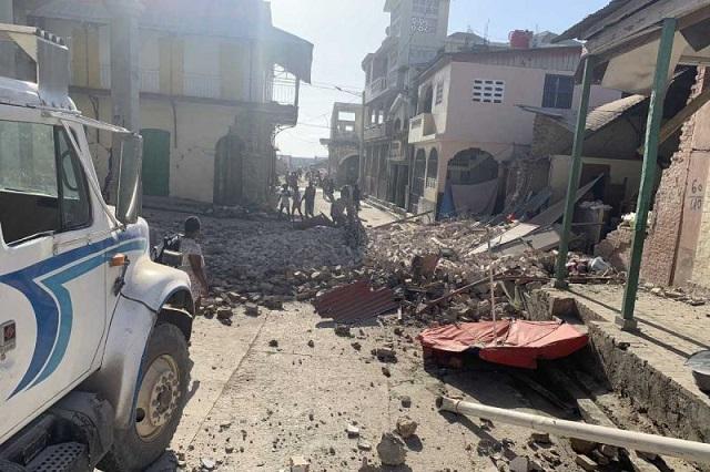 Sacude a Haití terremoto de 7.2 y hay alerta de Tsunami