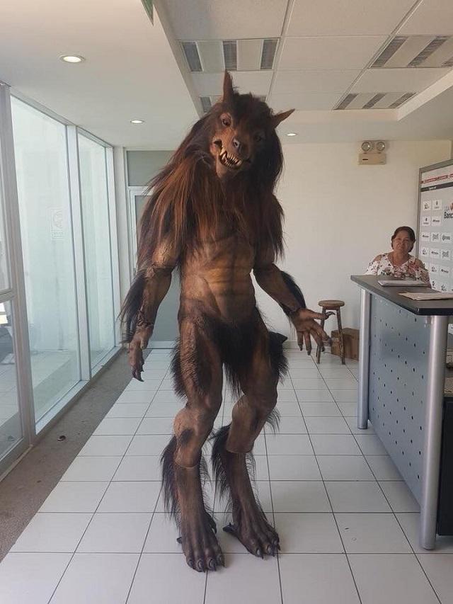 Nueva mascota de Lobos BUAP genera miedo y críticas de los aficionados