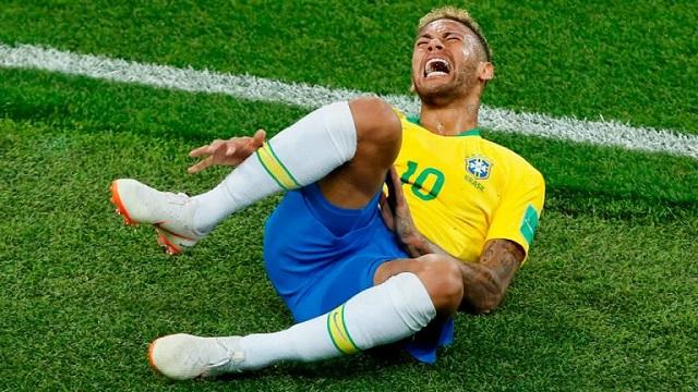 Actuaciones de Neymar costaron 14 minutos a rivales de Brasil