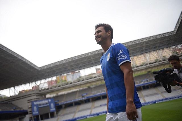 Oswaldo Alanís firma por dos temporadas con el Real Oviedo