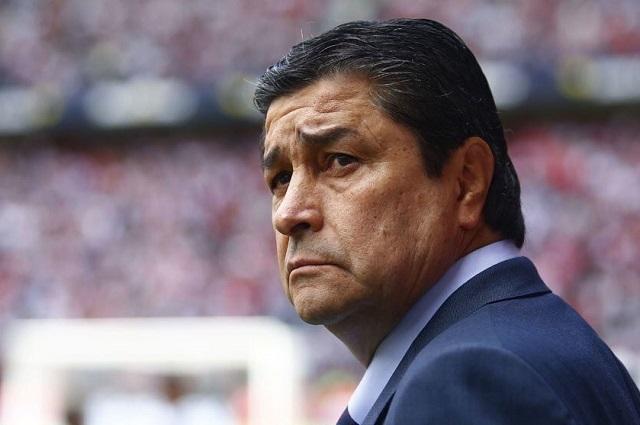 Quiero quedarme en Guadalajara, dice Luis Fernando Tena