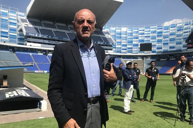 """Presentan oficialmente al """"Chelís"""" como DT del Puebla"""