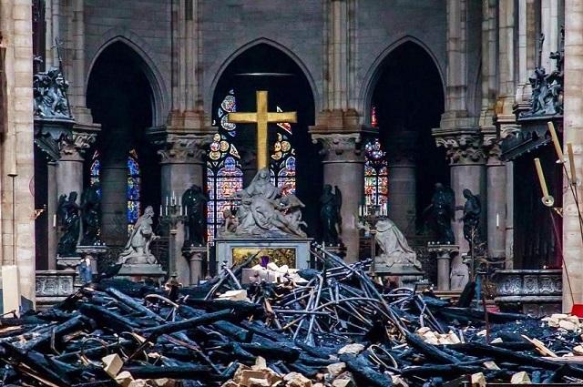 Fútbol Francés aportará a la reconstrucción de Notre Dame