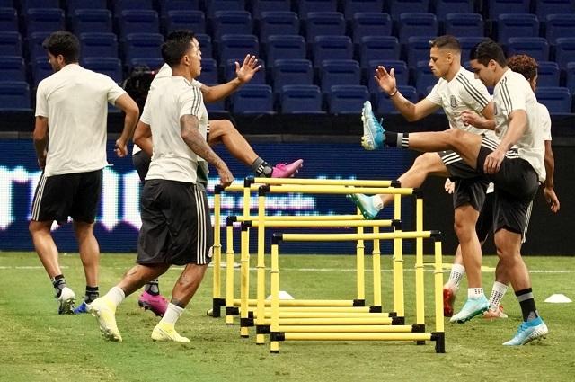 Ochoa encabeza el probable 11 inicial de México ante Argentina
