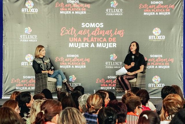 Dialogan sobre liderazgo Karla Iberia Sánchez y Claudia Ramírez, en Atlixco