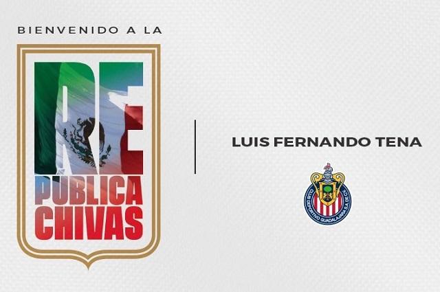 Luis Fernando Tena vive su primer entrenamiento con Chivas