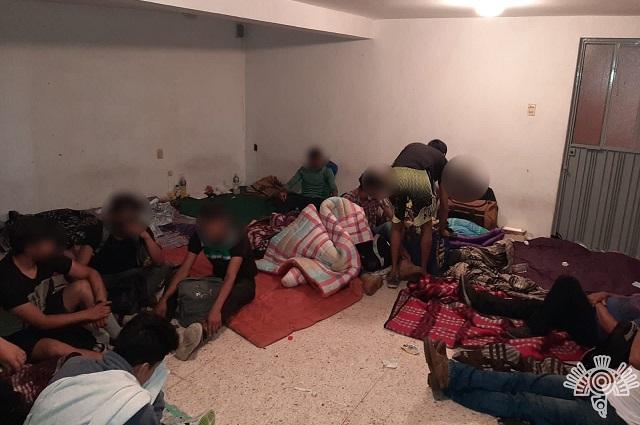 Rescatan a 240 migrantes; 61 son menores de edad