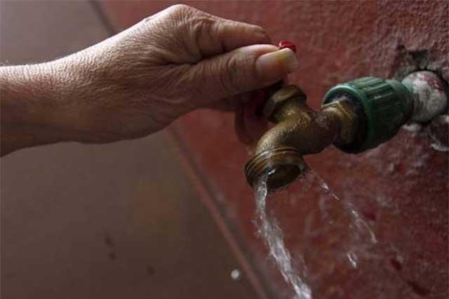 Exigen que gobierno estatal informe de conflicto por agua en Huaxcaleca