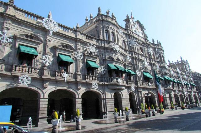 Cuestionan que transparencia municipal de Puebla publique paja