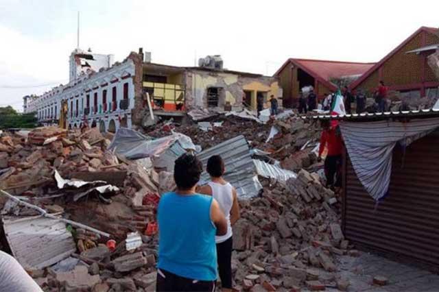 Envía donativo la Comunidad Latina de Chicago a damnificados del sismo