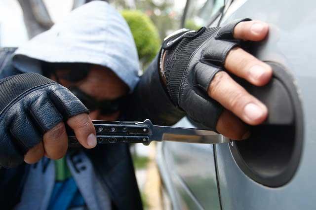 Libran robo de llantas y autopartes los vehículos del ayuntamiento capitalino