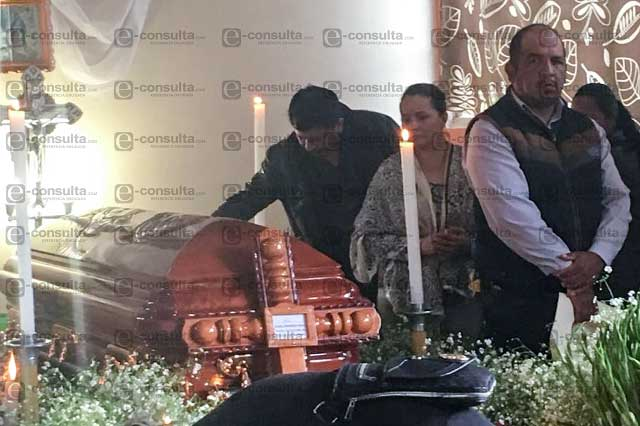 Diputada antorchista dice que sabe quién asesinó al edil en Huitzilan
