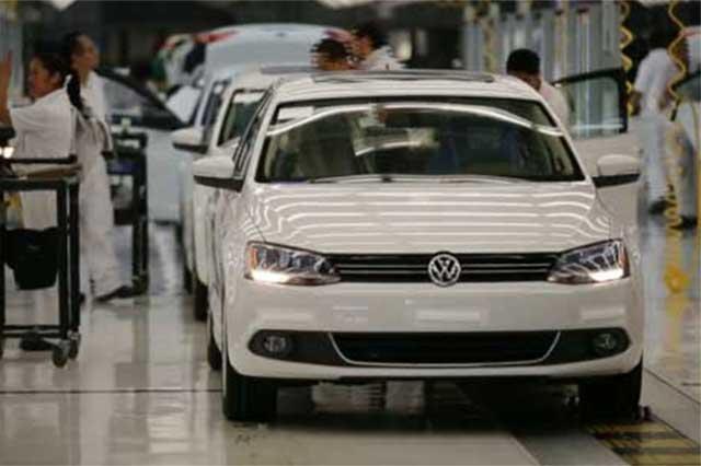 Aumenta producción en VW pero no supera récord de 2012