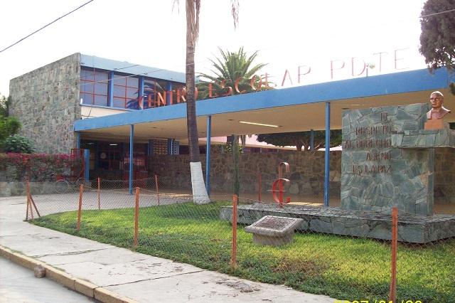Se quedan sin maestro de primaria todo el ciclo en Acatlán