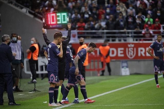Llegó el día: así fue el debut de Messi con PSG