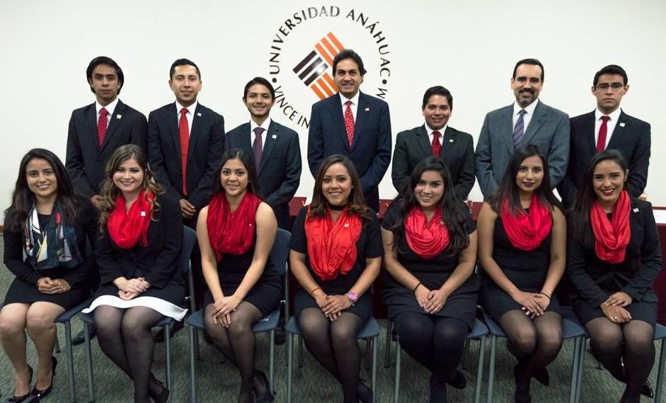 El IMEF reconoce a alumnos Anáhuac Puebla como los mejores del país