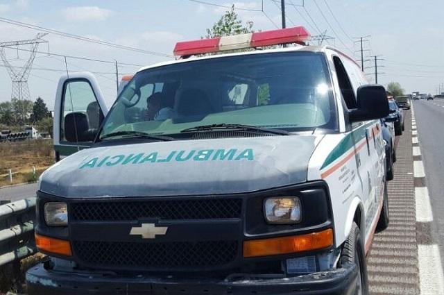 Emergencia: trasladan en Puebla gasolina robada en ambulancia