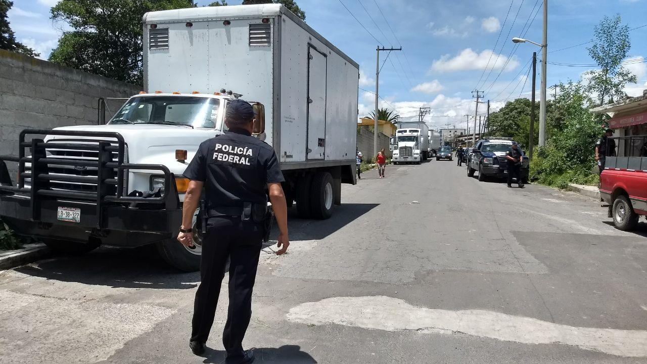 Persecución en límites de Puebla y Tlaxcala por robo de tractocamión