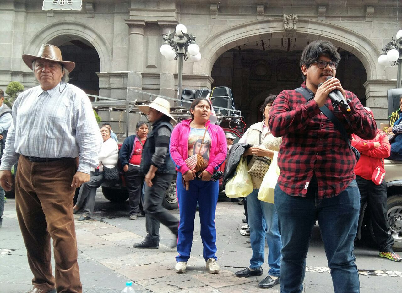 Marcha la 28 de Octubre en repudio al V Informe de Enrique Peña Nieto