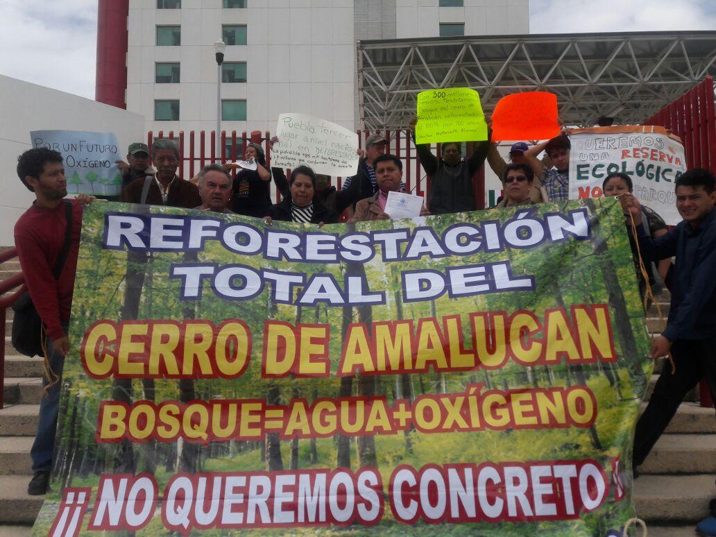 Arropan ambientalistas a solicitante de amparo contra obra en Amalucan