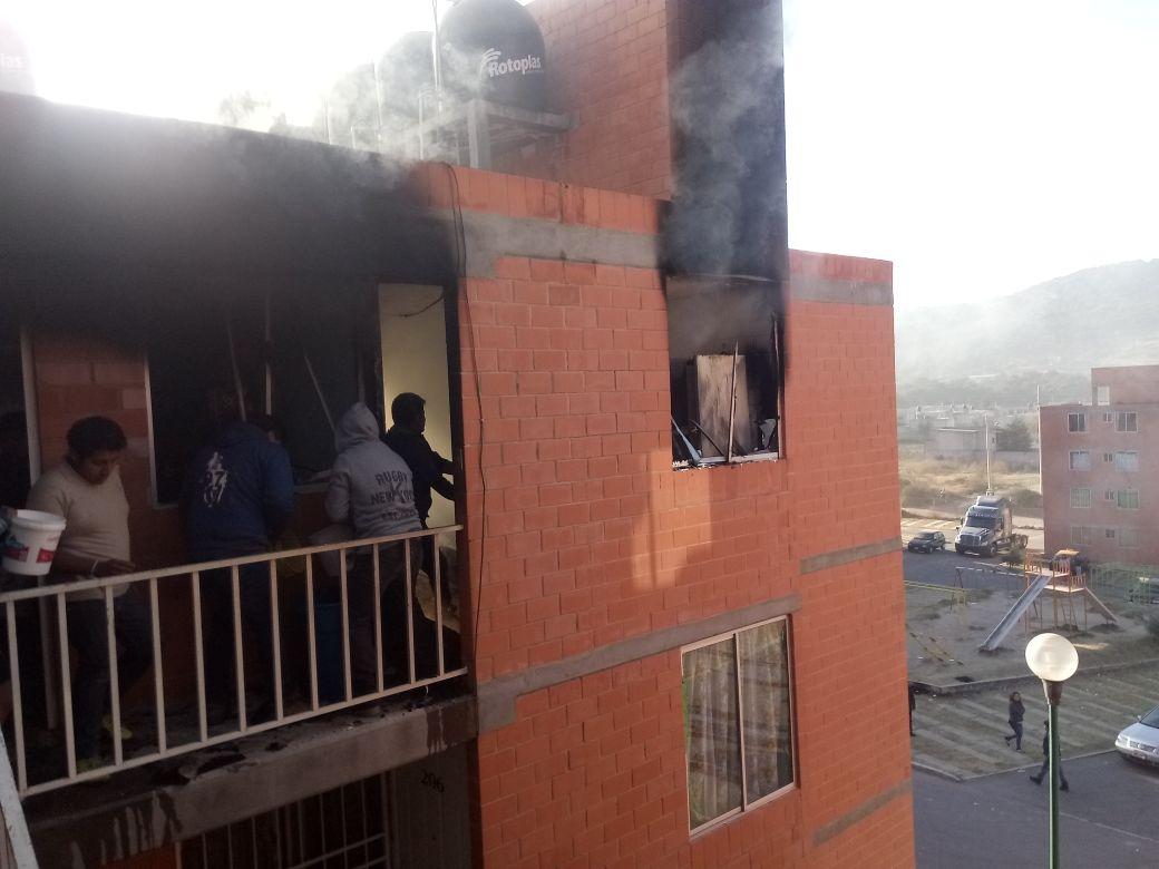 Fuga de gas provoca incendio en dos departamentos de Chachapa
