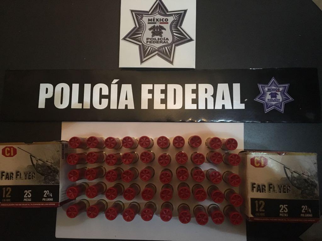 PF confisca armas y camioneta  a huachicoleros en Zacatlán