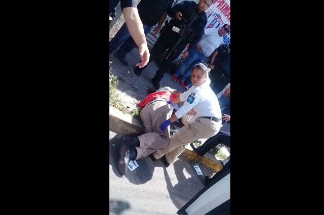 Muere comerciante tras asalto en el Centro de Puebla
