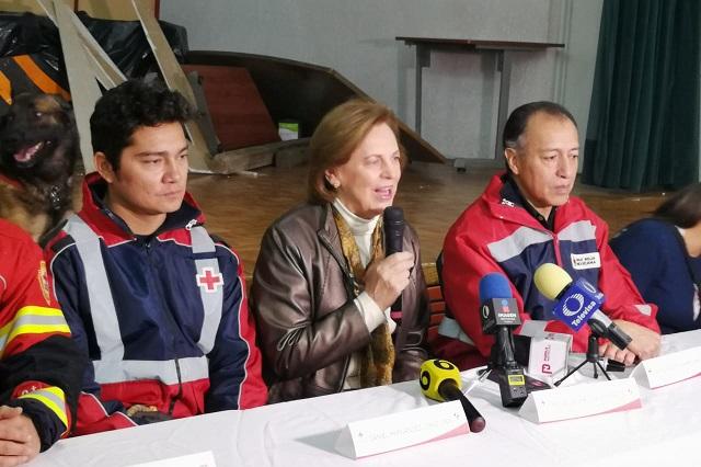 Certifican a perros rescatistas de la Cruz Roja de Puebla