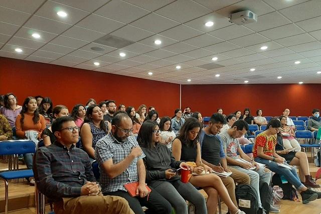 De migrante a cooperativista en Ozolco, narra experiencia en la Ibero
