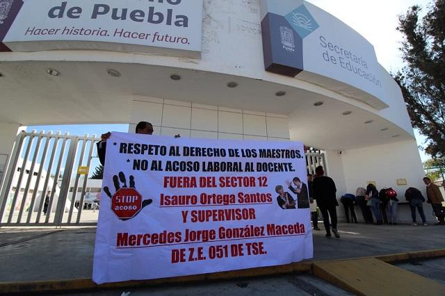 Maestros de telesecundarias de Puebla denuncian acoso laboral