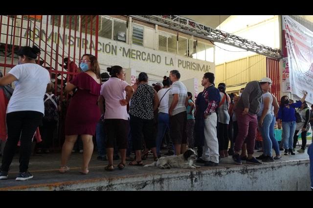Permiten a comerciantes de La Purísima vender 2 días más en Tehuacán