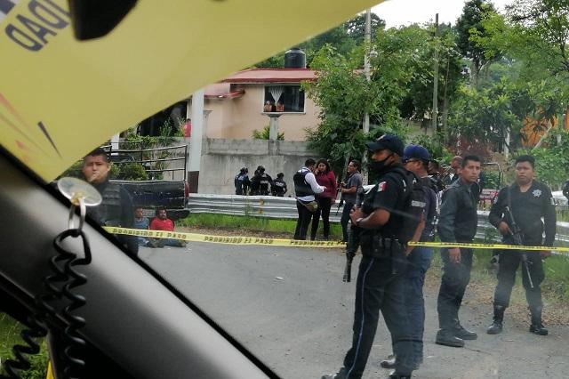 Un muerto y 3 detenidos deja balacera contra municipales en Tlaola