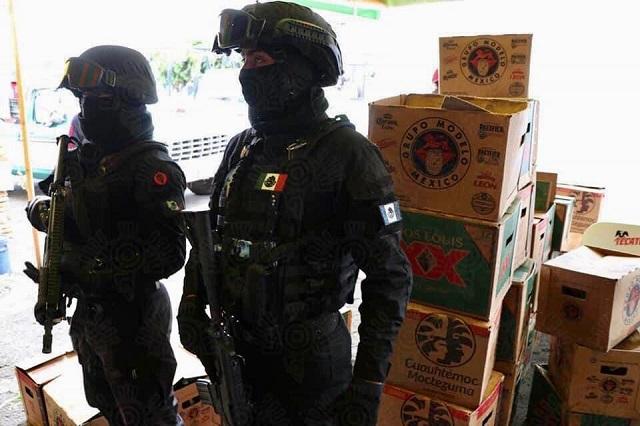 Decomisan cervezas de venta en locales del mercado Morelos